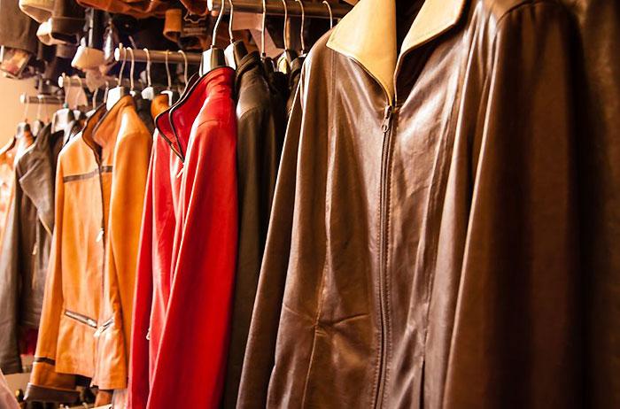 レザージャケット・革製品・革ジャンの手入れ、メンテナンス方法。ミンクオイルやクリーム、保管方法は?
