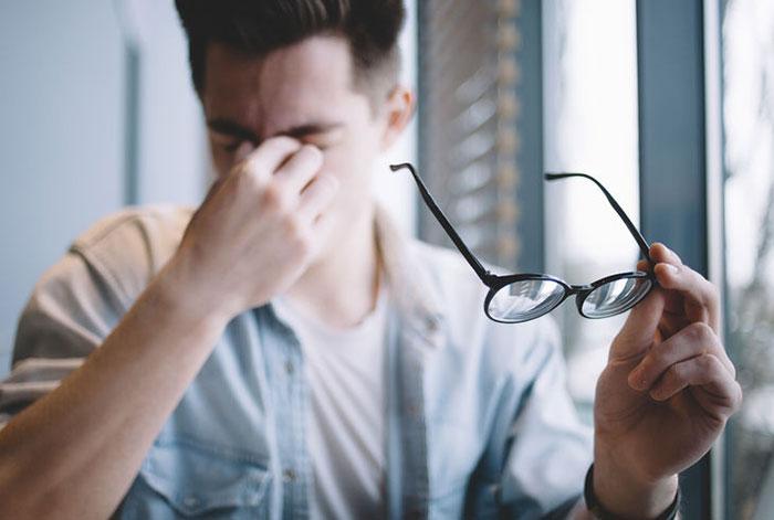 電子書籍のすすめ|おじさんに迫りくる「老眼」という恐怖www