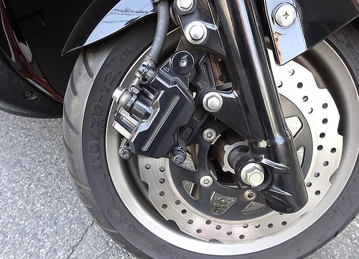おじさんの日常の足、シグナスX-SRのフロントブレーキパッド交換と交換時期